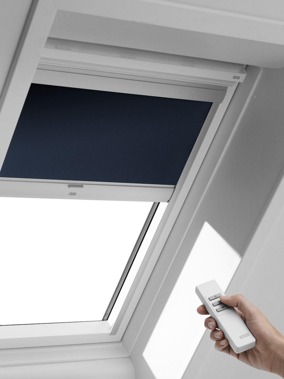 velux fenster mit balkon velux fenster fertiggauben mit system sps gauben exklusiv mit dem. Black Bedroom Furniture Sets. Home Design Ideas